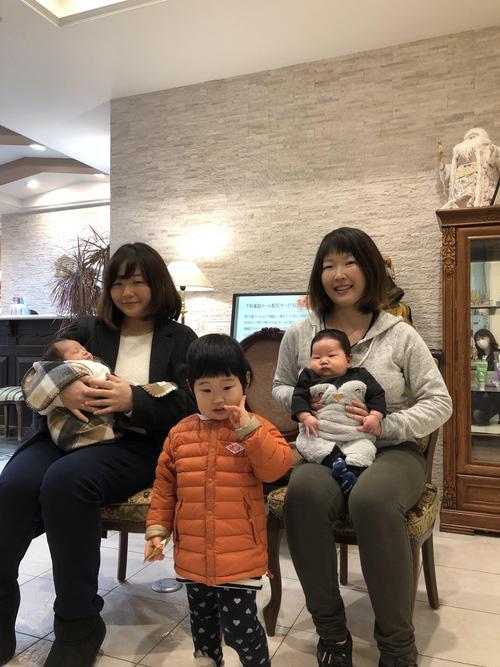 20181222 高須賀さん安部さん お子さんと遊びにきました.jpg
